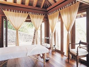 cocoa island resort maldives - comoshambala treatment room