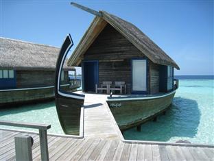 cocoa island resort maldives - dhoni suite
