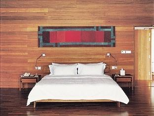 cocoa island resort maldives - two bedroom villa bedroom