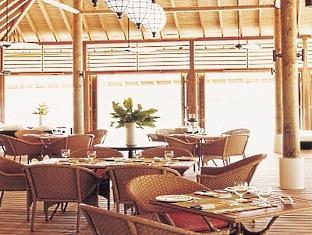 cocoa island resort maldives - ufaa restaurant