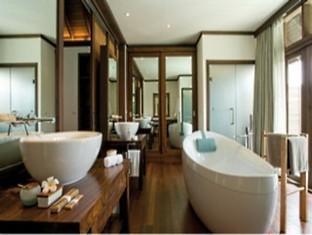coco palm boduhithi resort maldives - bathroom