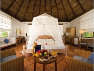 coco palm dhunikolhu resort maldives -guestroom
