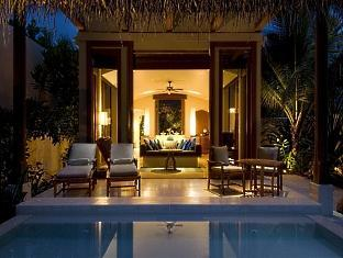 conrad resort maldives rangali island - deluxe beach villa at night