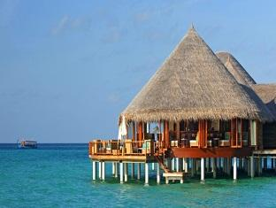 constance halaveli resort maldives - jahaz restaurant exterior