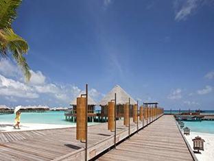 constance halaveli resort maldives - jetty