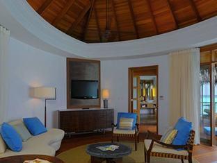 constance halaveli resort maldives - water villa living area