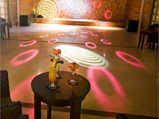 diva resort spa resort maldives - night club