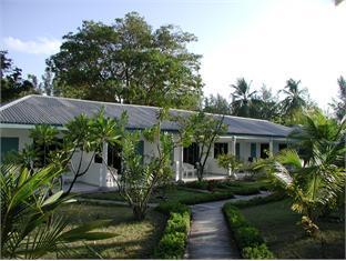 equator village resort maldives - surroundings