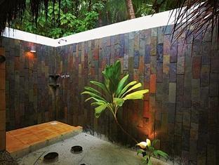 filitheyo island resort maldives - bathroom