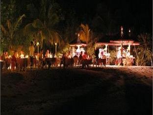 helengeli island resort maldives - hotel interior