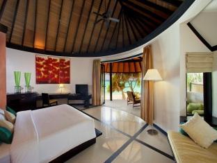 hilton maldives iru fushi resort maldives - pool beach villa
