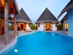island hideaway atdhonakulhi resort maldives - swimming pool