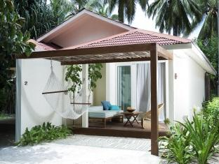 kandooma resort maldives - beachvilla exterior