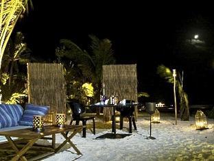 kandooma resort maldives - private _ peninsula _ dinner