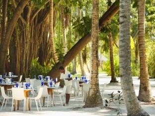 kandooma resort maldives - restaurant