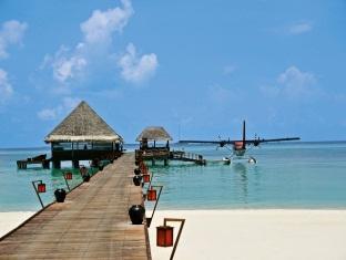 kanuhuraa resort maldives - arrivaljetty