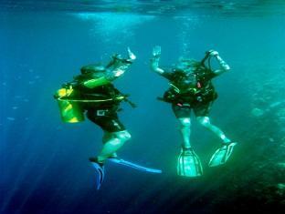 kanuhuraa resort maldives - scubadiving