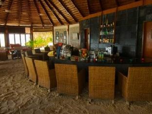 komandoo island resort maldives - bar