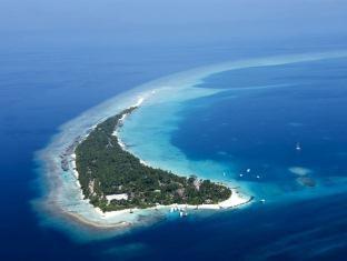 kuramathi island resort maldives - aerial