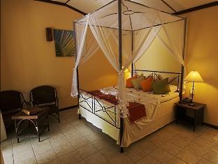 kuredu island resort maldives - beach bungalow