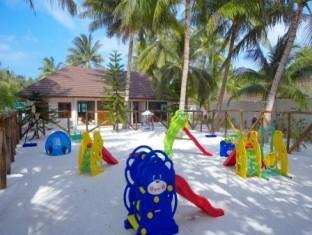 lily beach resort maldives - kids club