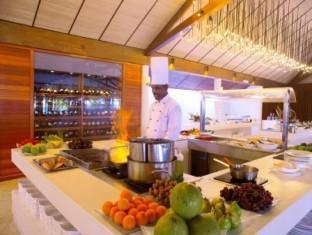 lily beach resort maldives - restaurant