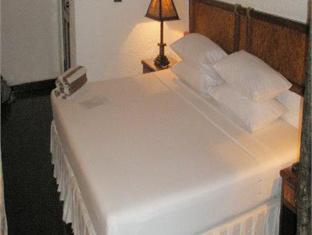 makunudu island resort maldives - guest room
