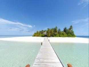 mirihi island resort maldives - entrance