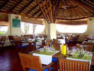 nika island resort maldives - restaurant