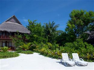olhuveli beach spa resort maldives - deluxe room exterior