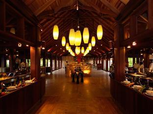 olhuveli beach spa resort maldives - restaurant