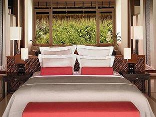 one only reethi rah resort maldives - beach villa