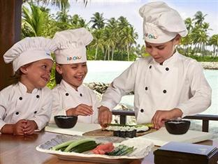 one only reethi rah resort maldives - kinds only cooking