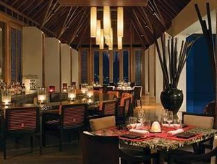 one only reethi rah resort maldives - tapesaka