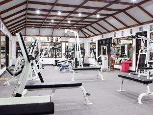 paradise island resort maldives - fitness room
