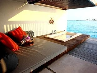 paradise island resort maldives - guest room
