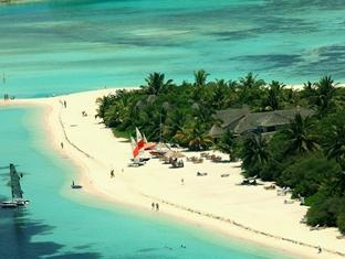 paradise island resort maldives- view