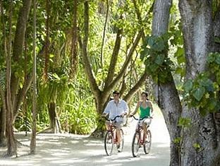 shangrilas villingili resort maldives - cycle around the resort