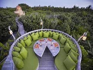 soneva fushi resort maldives - garden restaurant