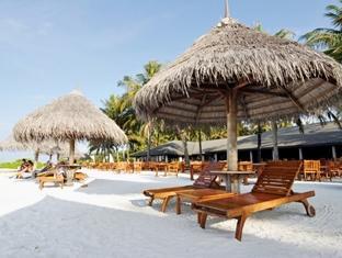 sun island resort maldives - beach