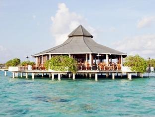 sun island resort maldives - hotel exterior
