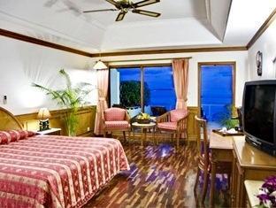 sun island resort maldives - water bungalow