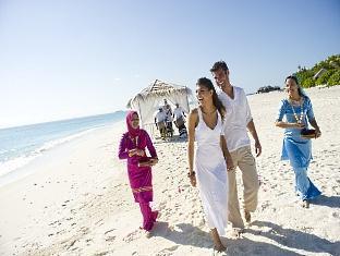the beach house at manafaru resort maldives - beach wedding