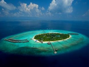 the beach house at manafaru resort maldives - overview