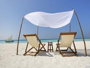 velassaru maldives resort - beach view