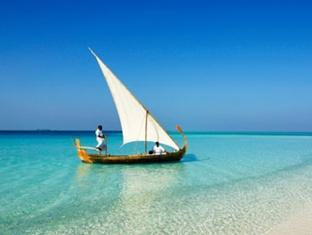 velassaru maldives resort - turquoise lagoon