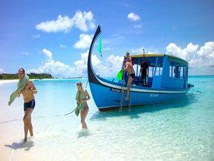 velidhu island resort maldives - hotel exterior