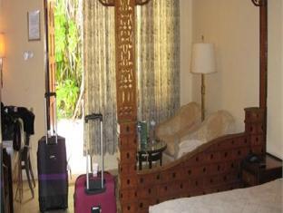 vilamendhoo island resort maldives - guest room