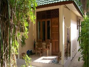vilamendhoo island resort maldives - villa