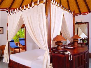 vilu reef beach spa resort maldives - beach villa